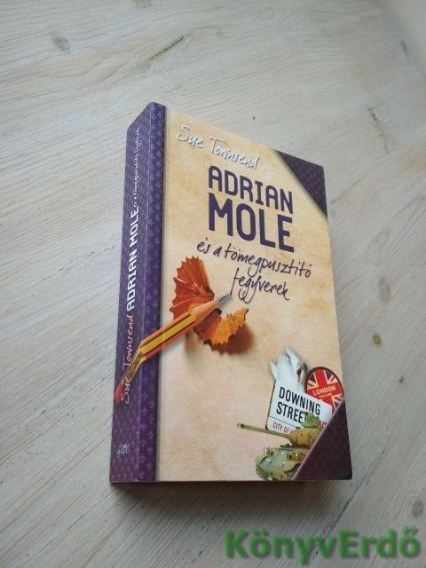 Sue Townsend: Adrian Mole és a tömegpusztító fegyverek